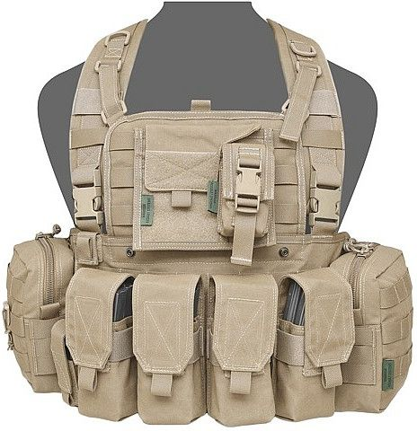 Warrior Elite Ops 901 Bravo M4 with 2 utility, Admin, Compass, Single Pistol, 4xM4 Pouches Coyote Tan (W-EO-901-Z-BRM4-CT)