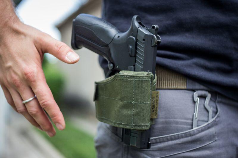 Warrior Universal Pistol Holder Olive Drab (W-EO-UPH-OD)