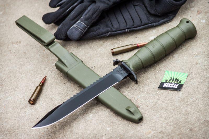 GLOCK Nôž s pevnou čepeľou FM 81 Battle Field s pílkou - olivový, (39181)