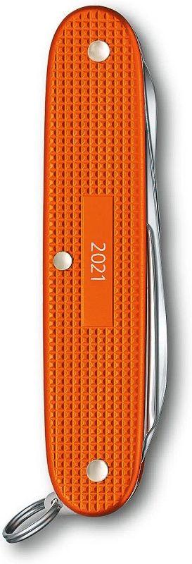 VICTORINOX Zatvárací nôž PIONEER X ALOX LE 2021 - oranžový (0.8231.L21)