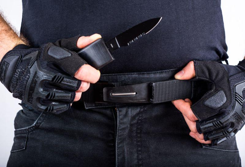 Opasok so skrytým nožom, čierny nôž, M3545