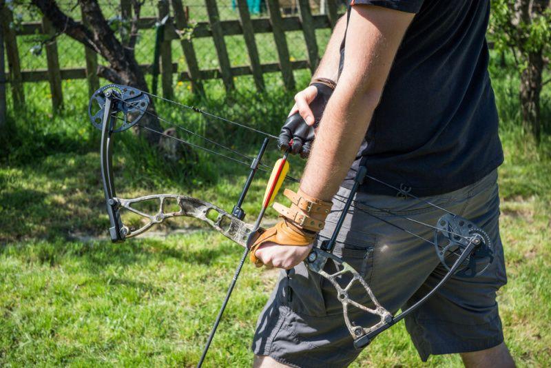 EK ARCHERY Luk kladkový Exterminator 15-70 lbs - camo, (CO-035F)
