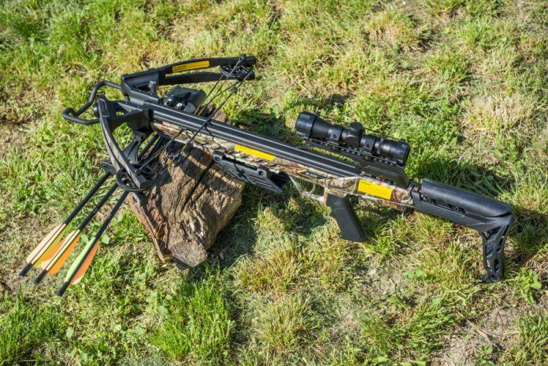 EK ARCHERY Kuša kladková Blade 175 lbs - camo, (CR-070M)